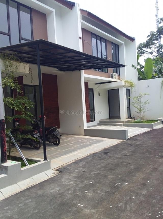 Rumah 2 Lantai Murah Dan Strategis Di Jagkarsa, Jagakarsa, Jakarta Selatan