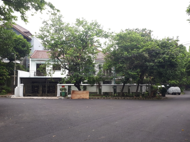 Rumah Asri Nyaman strategis @Kebayoran Baru Jakarta selatan, Kebayoran Baru, Jakarta Selatan