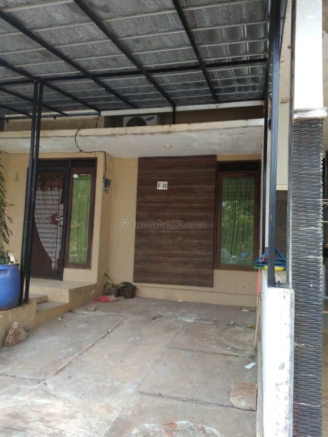 Rumah dalam cluster yang di lengkapi dengan kolam renang di jati sari jatiasih, Jati Sari, Bekasi