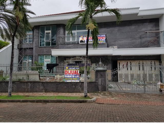 Rumah di Pantai Mutiara, Pantai Mutiara, Jakarta Utara