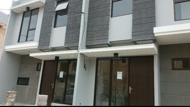 Rumah cluster murah hanya 8 unit di Cipadu Tanggerang, Cipadu, Tangerang