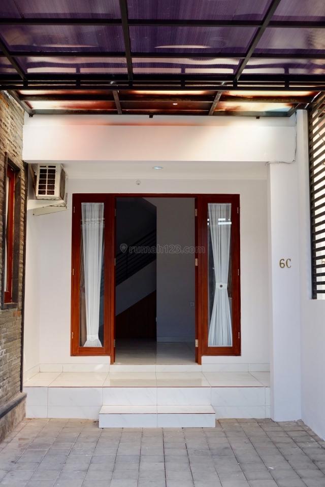 Dikontrakkan Rumah BARU dekat Bandara dengan tipe Private Residence!, Tuban, Badung