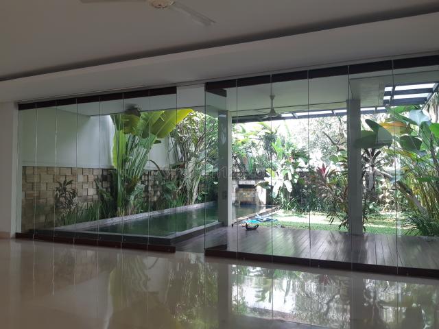 Rumah Cantik Mewah Asri nan Tenang., Kemang, Jakarta Selatan
