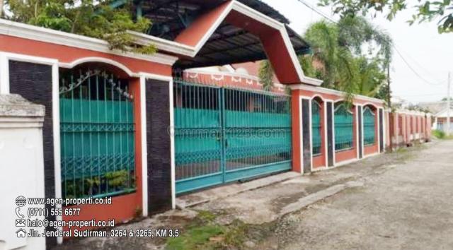 Rumah Halaman Luas ada Kolam Renang Indoor Area Bukit, Jln Politeknik Unsri, Ilir Barat I, Palembang