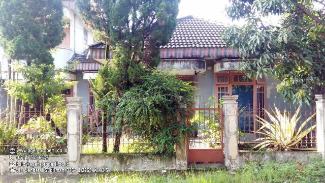 Rumah 2 Lantai di Komplek Kedamaian, Jln Residen Abdul Rozak, Kalidoni, Palembang