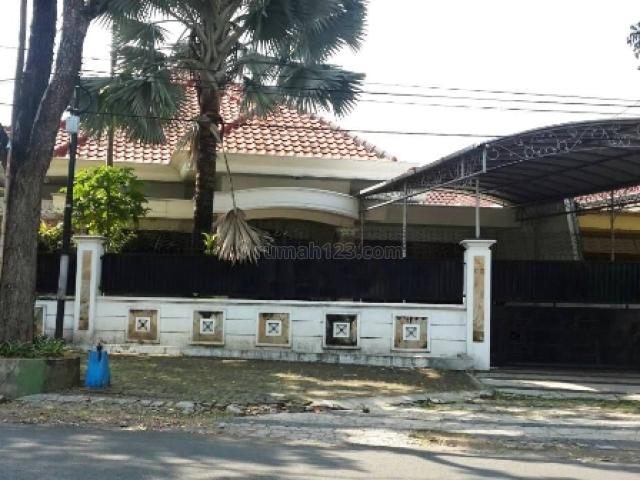 Rumah di Simpang Wilis, Gunung-gunung, Malang