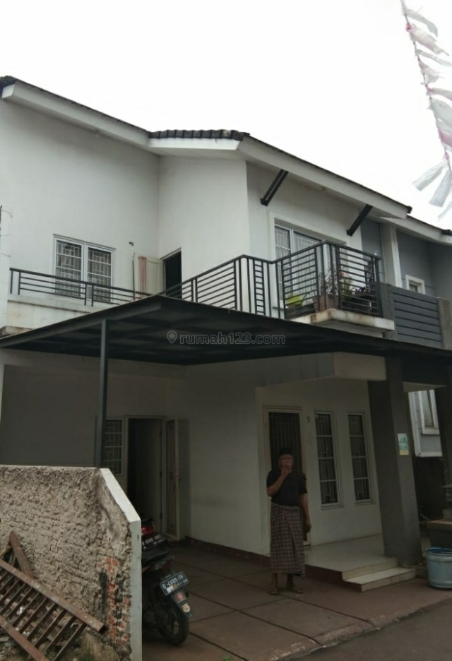 Rumah cluster 2 lantai kokoh, lokasi strategis, aman dan nyaman di cipadu, Tangerang. (ruby. 08159463846), Cipadu, Tangerang