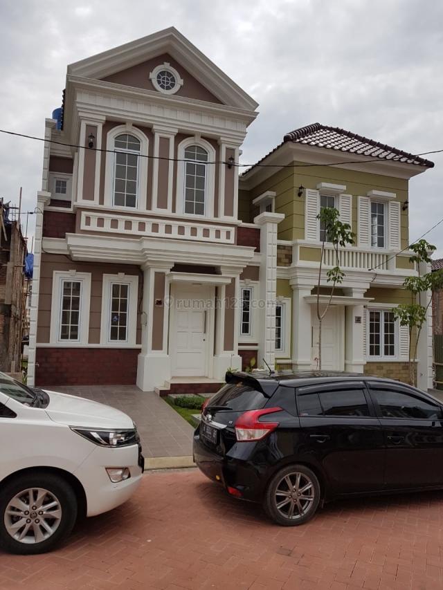 Rumah Siap Tempati Di Jl. Bromo, Paramount Village, Simongan, Semarang, Simongan, Semarang