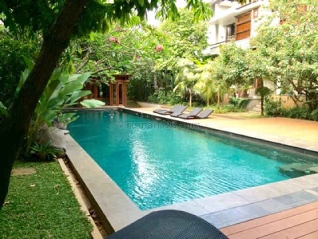 2BEDROOM UNIT IN A VERY LARGE GREEN COMPOUND, Cipete, Jakarta Selatan