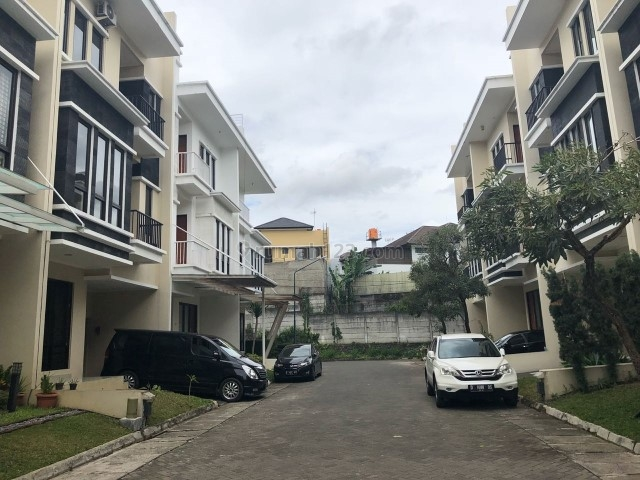 RUMAH LUX FURNISH LB 350M SETRA DUTA HARMONI DEKAT SETRASARI BANDUNG, Setra Duta, Bandung