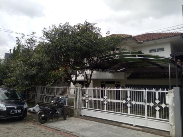 Rumah Besar Furnished di Batununggal : 125jt/thn, Batununggal, Bandung