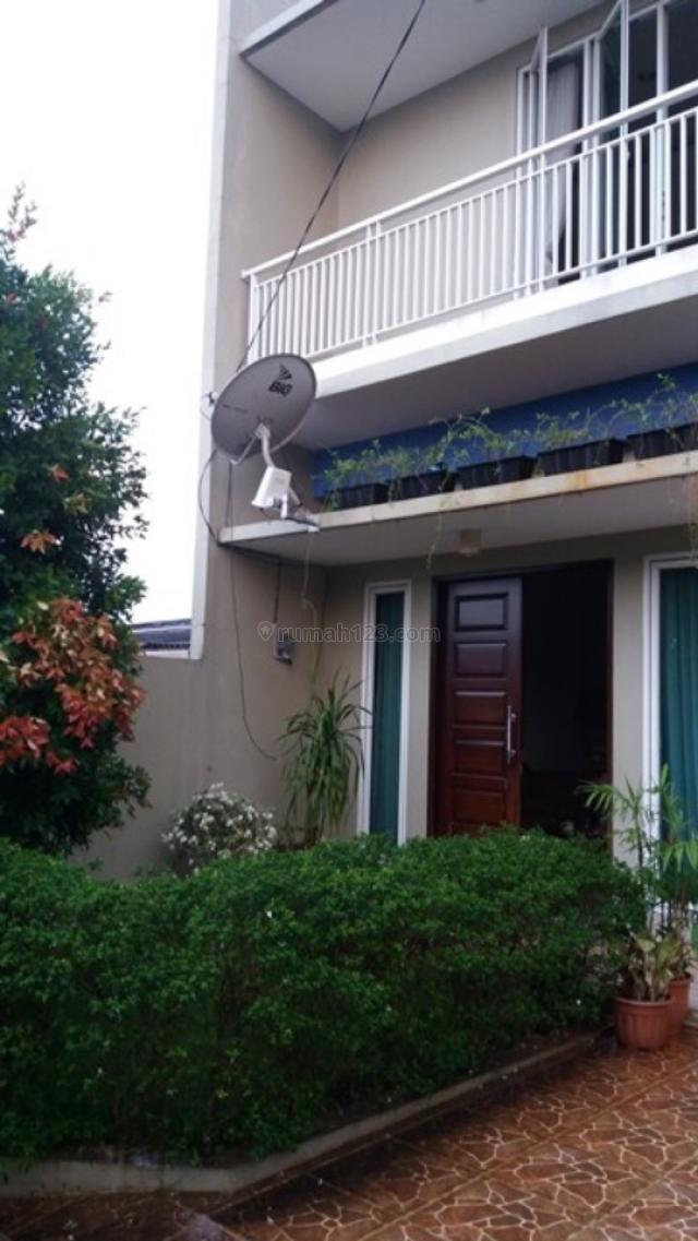 rumah second terawat strategis, Pondok Aren, Tangerang