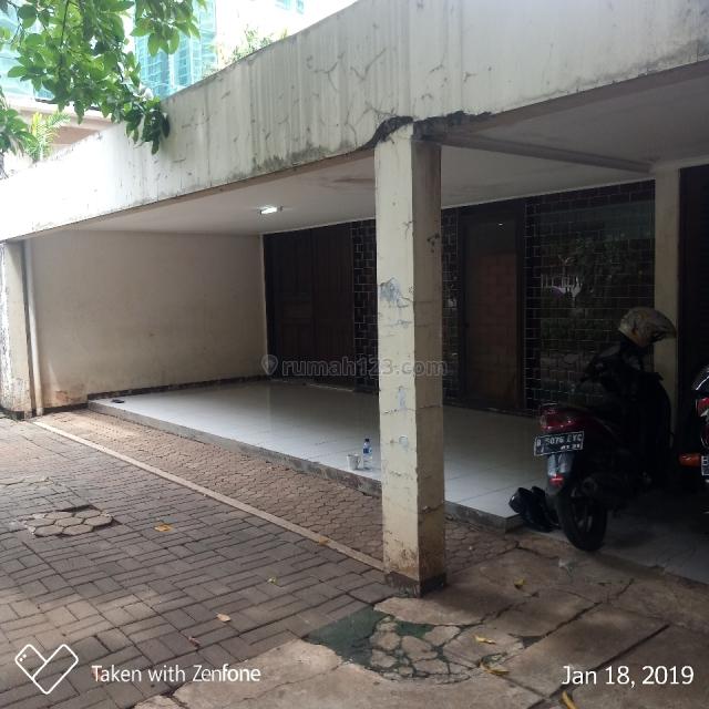 Rumah lama, zona commercial, area kemang raya, cocok utk restoran/cafe/bar/klinik/supermarket/dll, Kemang, Jakarta Selatan