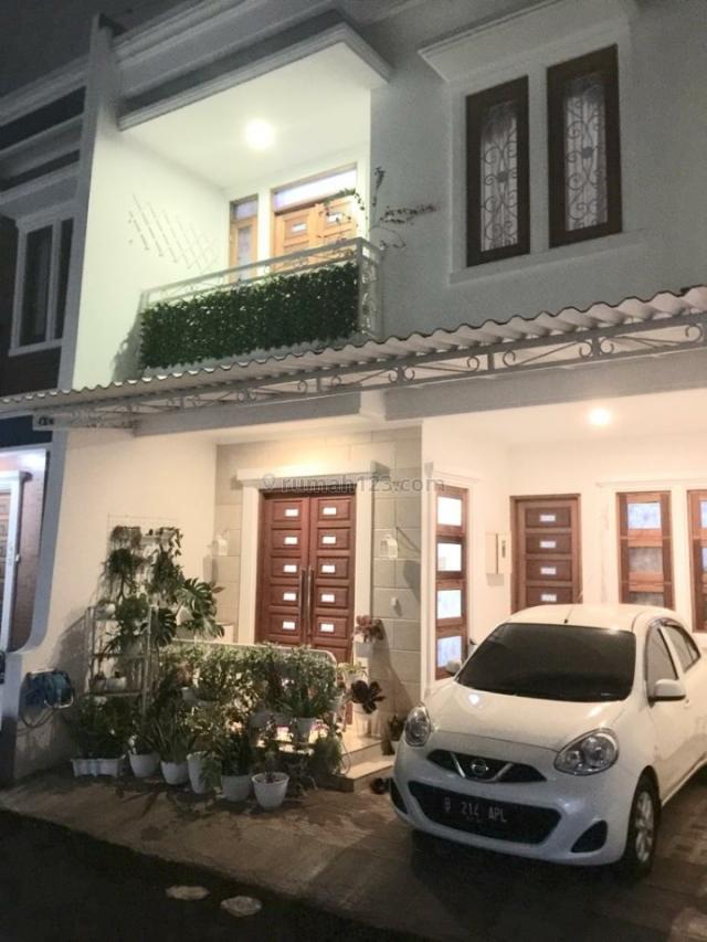 RUMAH CANTIK 2 LANTAI SIAP HUNI DI SETU,CIPAYUNG, JAKARTA TIMUR (cf), Cipayung, Jakarta Timur