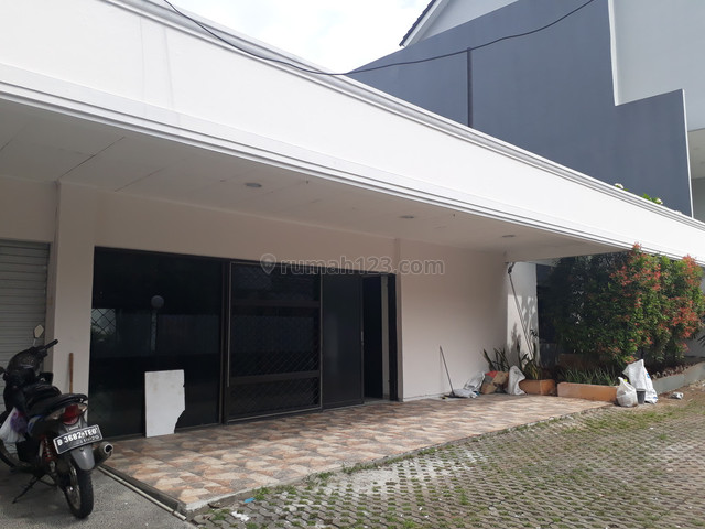 Tulodong Bawah Lama  IV Rumah siap huni disewakan, Kebayoran Baru, Jakarta Selatan