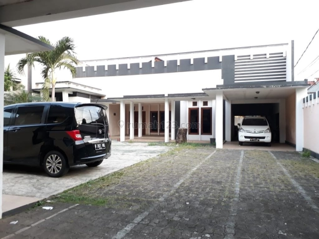 Rumah Nyaman Halaman Luas di Pejaten Barat Murah Banget, Pejaten, Jakarta Selatan