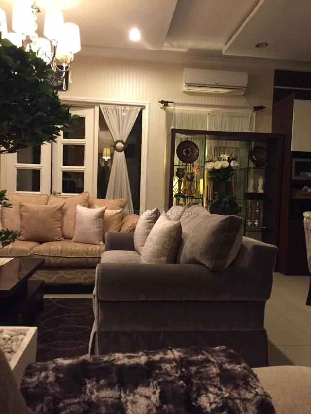 Rumah di Florence PIK (HL), Pantai Indah Kapuk, Jakarta Utara