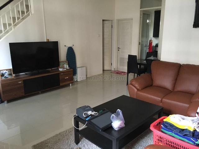 Rumah Apik di Layar Permai PIK (HL), Pantai Indah Kapuk, Jakarta Utara