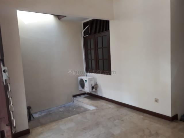 Rumah minimalis terbaru bona indah lebak bulus, Lebak Bulus, Jakarta Selatan