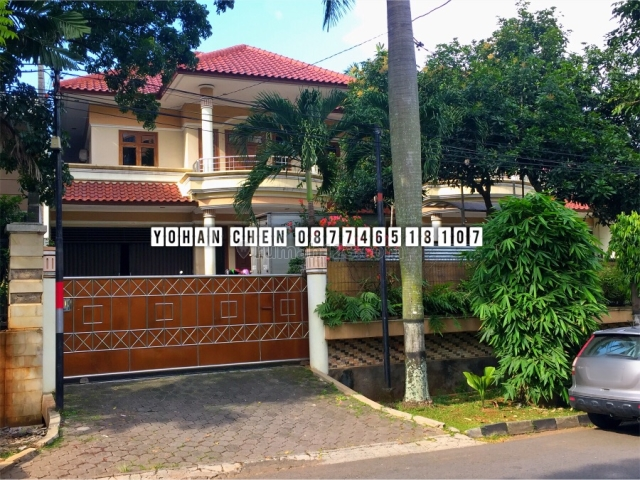Rumah Besar di jalan sisingamangaraja, Sultan Agung, Semarang