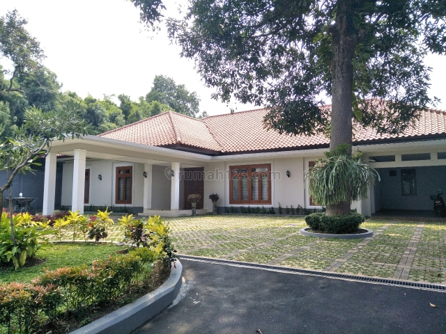 rumah mewah besar dan asri dikemang, Kemang, Jakarta Selatan