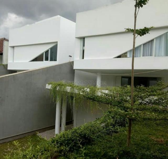 Rumah Desain Modern Minimalis dalam TownHouse di Jeruk Purut, Ampera, Jakarta Selatan