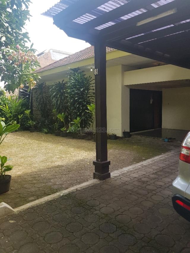 rumah besar asri di daerah elite, Hegarmanah, Bandung
