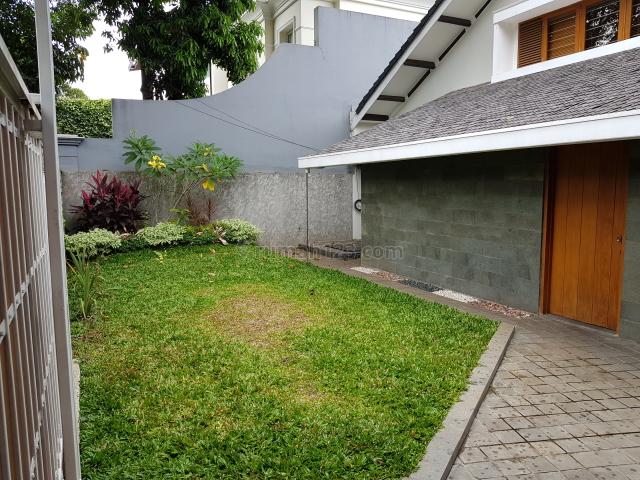 Rumah Korean Style Rapi dan Cantik di Kebayoran Baru, Kebayoran Baru, Jakarta Selatan