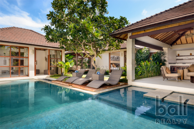 Beautiful holiday villa with 10% return on investment in Legian - 1164 -NS, Legian, Badung