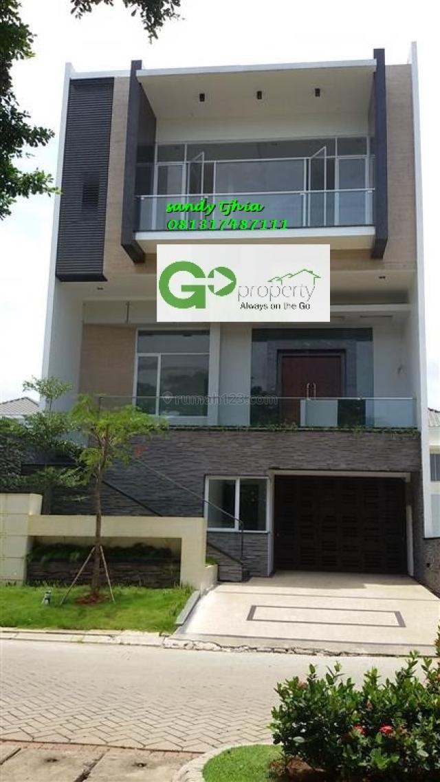rumah minimalis modern di pik, Pantai Indah Kapuk, Jakarta Utara