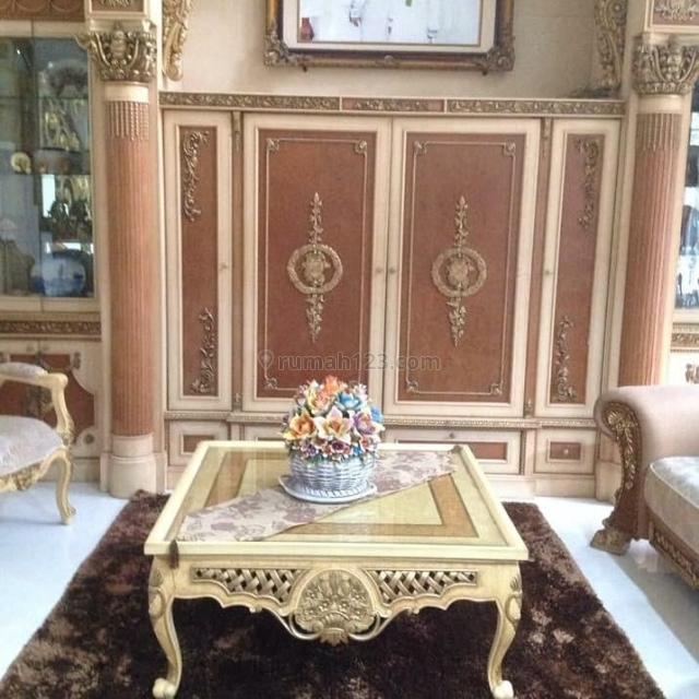 Rumah Mewah Classic Modern di Custle Garden, Citra Grand Cibubur (506/800), Cibubur, Bekasi