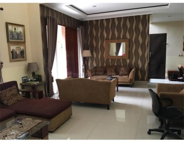 Rumah Besar Hoek Terawat Furnished Siap Huni Hadap Timur di Kemang Pratama, Bekasi, Bekasi Kota, Bekasi