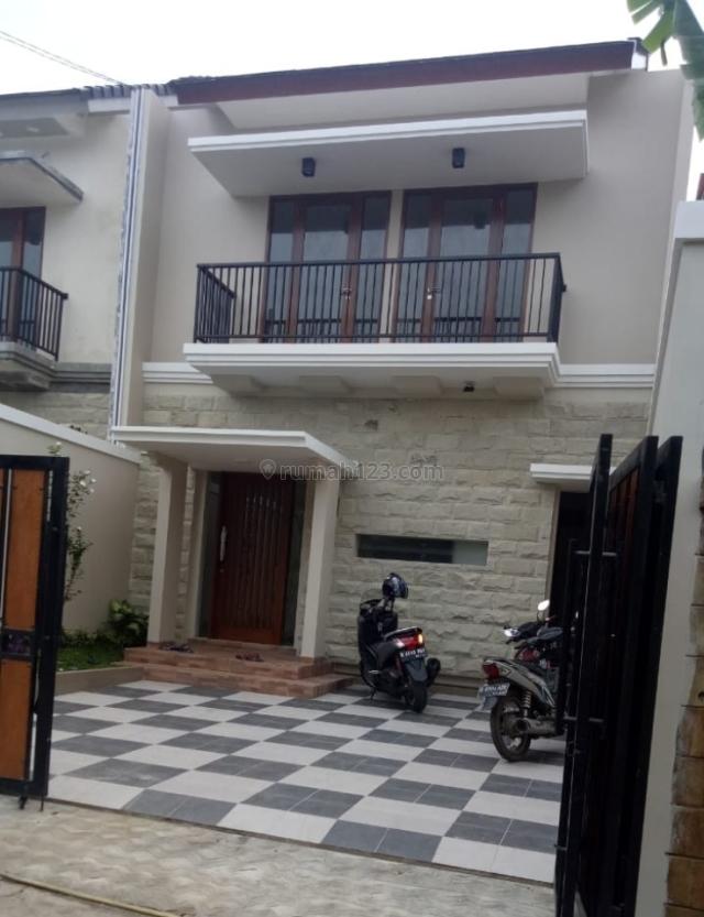 Rumah Ready Stock Jatiwaringin, Jatiwaringin, Bekasi