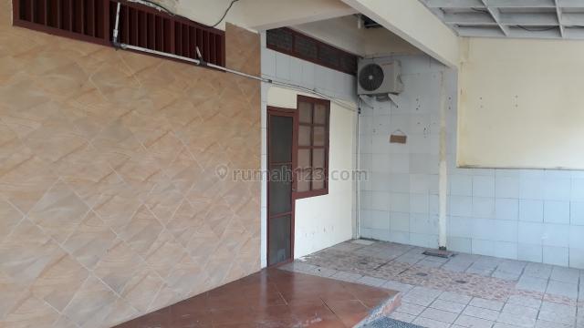 Rumah Di Tanjung Duren Cocok Untuk Keluarga Besar,Usaha Kost, Mess Karyawan, Tanjung Duren, Jakarta Barat