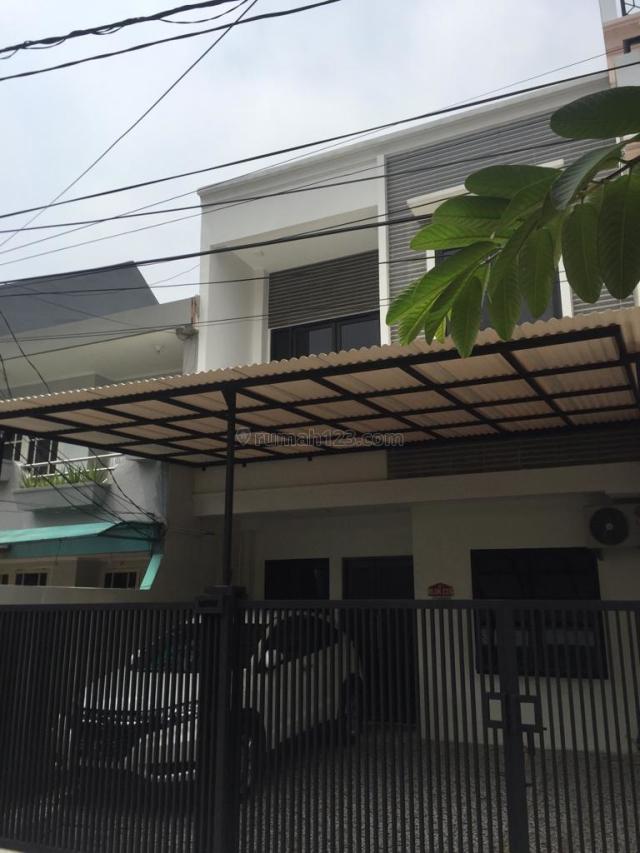 RUMAH BARU RENOVASI SHM DI KELAPA GADING, KELAPA GADING, JAKARTA UTARA, Kelapa Gading, Jakarta Utara
