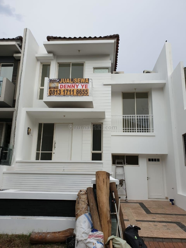RUMAH BRAND NEW & BEST CLUSTER PIK, Pantai Indah Kapuk, Jakarta Utara
