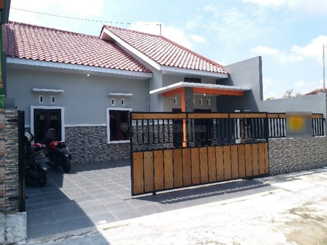 TURUN HARGA - Rumah Bagus Gress 153m2 Murah, Mojolaban, Sukoharjo