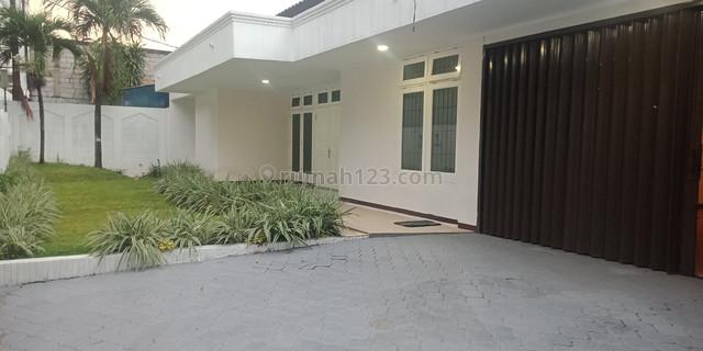 Comfortable house in Bangka area for Office or residential, Bangka, Jakarta Selatan
