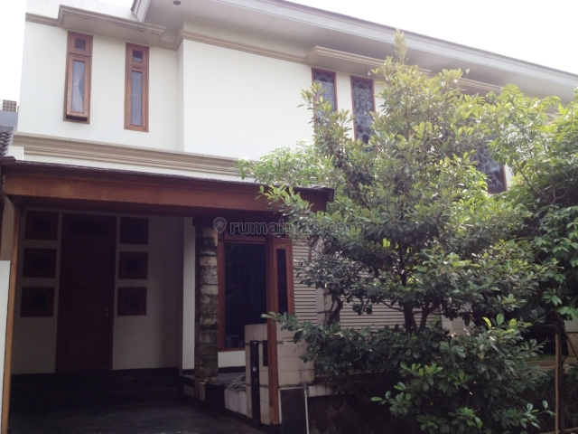 Rumah Mewah Cantik Nan Asri Kondisi Bagus Terawat Semi Furnished Siap Huni di Parigi (449-GB), Parigi, Tangerang