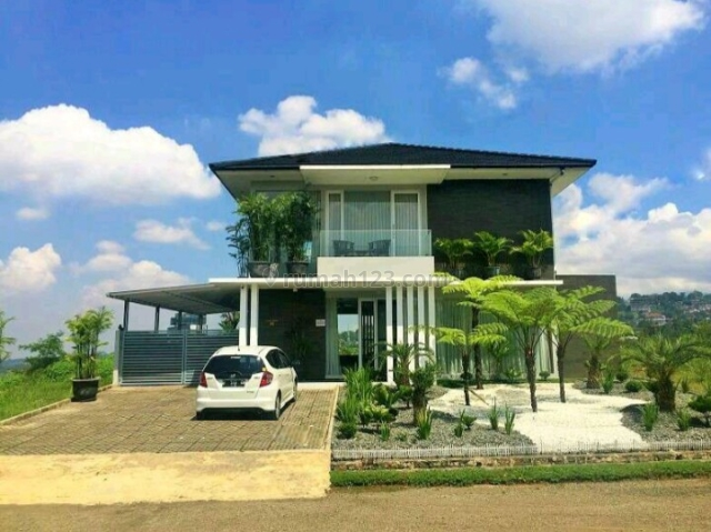 Rumah Megah & Asri di Dago Pakar, View Hijau, Dago, Bandung