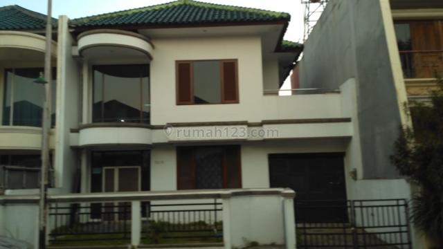 Rumah bagus di komplek modernland di cikokol, Cikokol, Tangerang