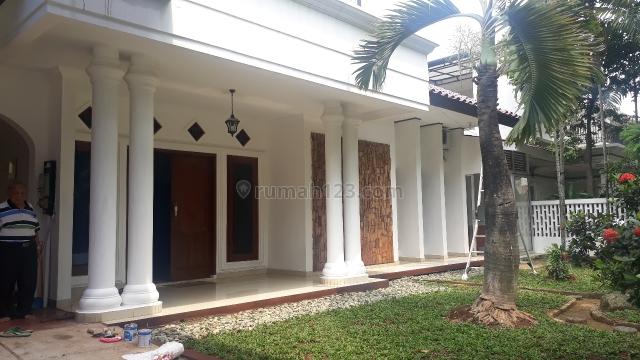 Rumah Asri Lingkungan Tenang di Pondok Indah, Pondok Indah, Jakarta Selatan