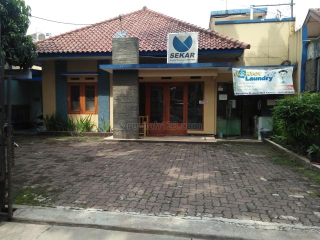Rumah Harian Lokasi di Tengah Kota Bandung Bisa Untuk 26 Orang, Lengkong, Bandung