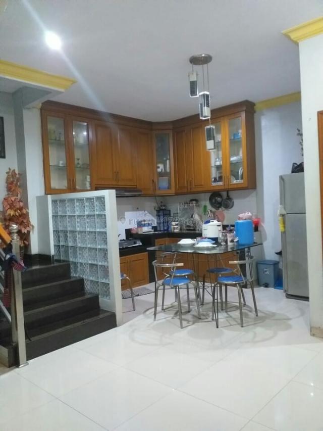 Rumah minimalis 3 lantai, LT 90m2, rapih, komplek, jalan 2 mobil, 4KT, harga 2.7 Milyard, Sunter, Jakarta Utara
