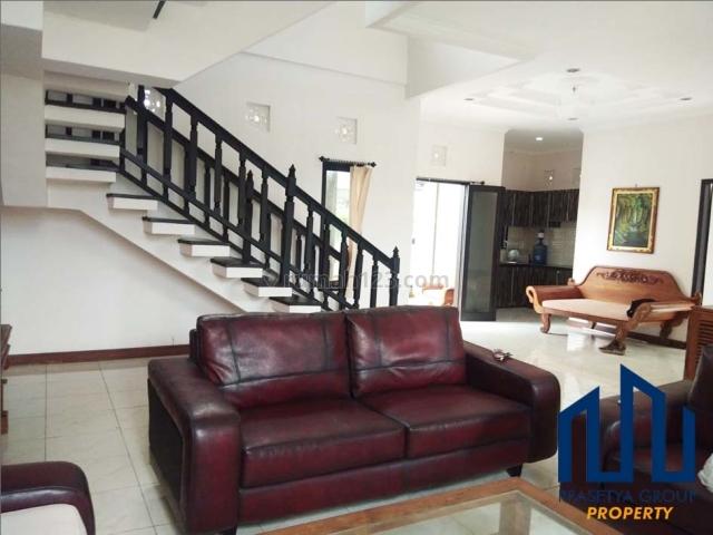 598Y450. MURAH ! Rumah Fulfurnished Style Villa isi Pool Link Villa Area Gn Salak, Padangsambian Kelod, Denpasar