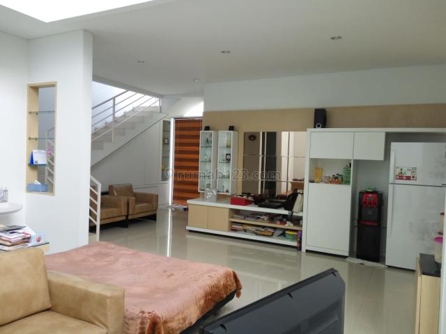 Rumah asri di mainroad pondok hijau bandung, Pondok Hijau, Bandung