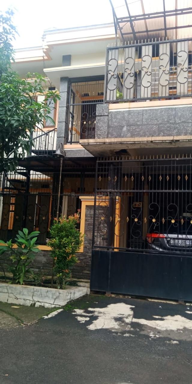 Rumah siap pakai Daerah Buah Batu dekat Griya Buah Batu, Buah Batu, Bandung