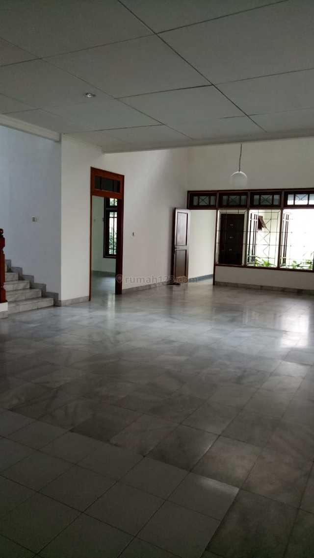 House for rent in Kebayoran Baru area for residencial or office, Kebayoran Baru, Jakarta Selatan