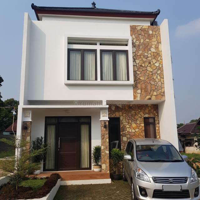 Rumah 2 Lantai Full Furnished di Cibubur paling dekat Gerbang tol,stasiun LRT, Transpark, Cibubur, Jakarta Timur