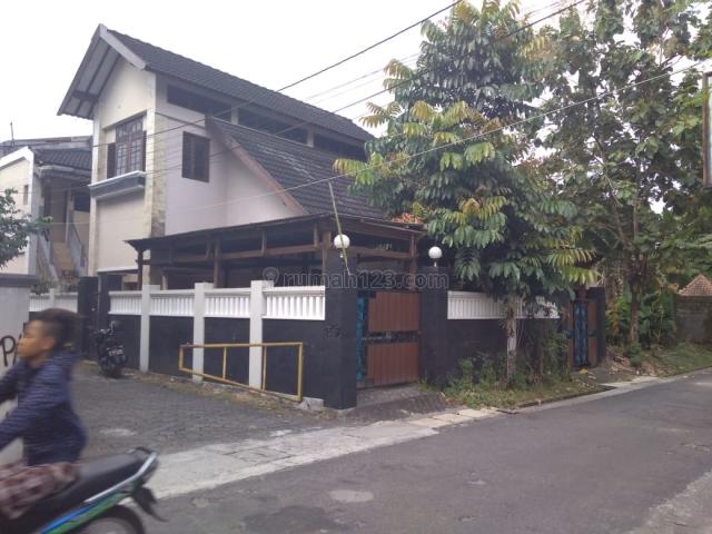 Rumah induk dan kosan di daerah condong catur, Condong Catur, Sleman